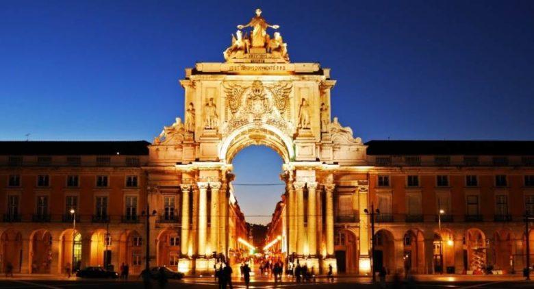 I luoghi più belli da visitare assolutamente a Lisbona Arco della Rua Augusta