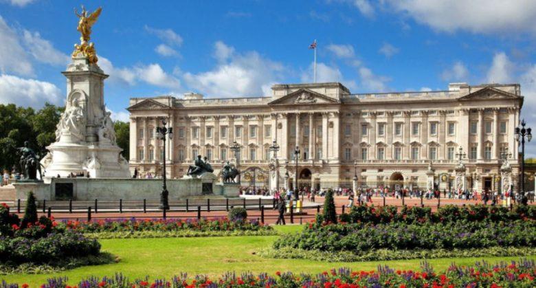 Cosa vedere a Londra assolutamente Buckingham Palace Londra