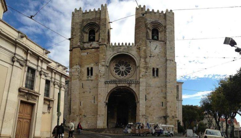 Cosa vedere a Lisbona in 3 giorni Cattedrale di Lisbona Santa Maria Maggiore