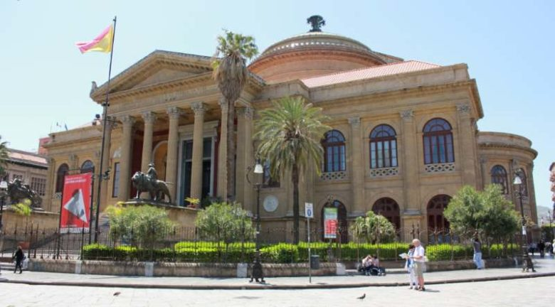 Cosa fare a Palermo e i posti più belli da vedere - Teatro Massimo Vittorio Emanuele