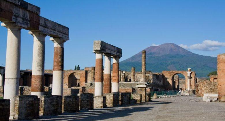 Cosa vedere assolutamente a Napoli Il Vesuvio e Pompei