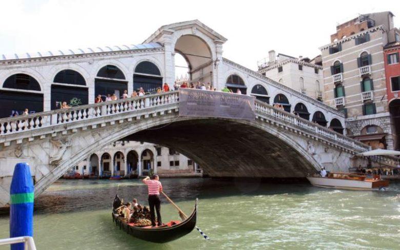 Cosa visitare a Venezia in 2 giorni Il ponte di Rialto