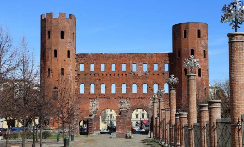Cosa vedere a Torino in un giorno La Porta Palatina