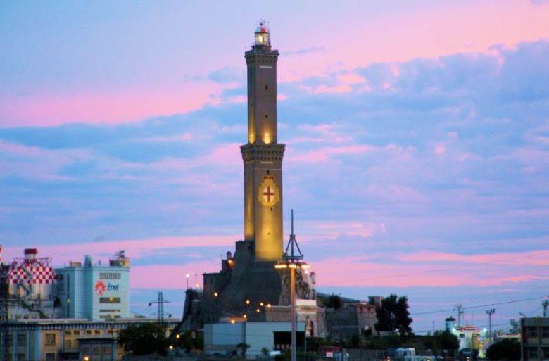 Luoghi da visitare assolutamente a Genova La lanterna di Genova
