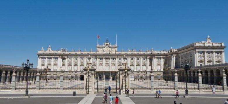 Luoghi belli da visitare a Madrid Palazzo Reale di Madrid
