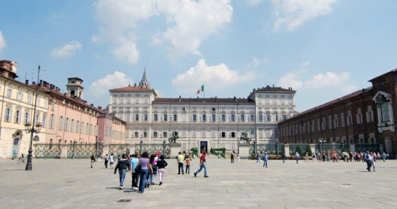10 posti più belli da visitare assolutamente a Torino Piazza Castello
