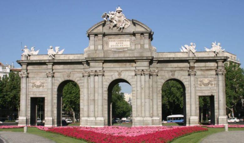 Cosa vedere a Madrid in 3 giorni Puerta da Alcalà
